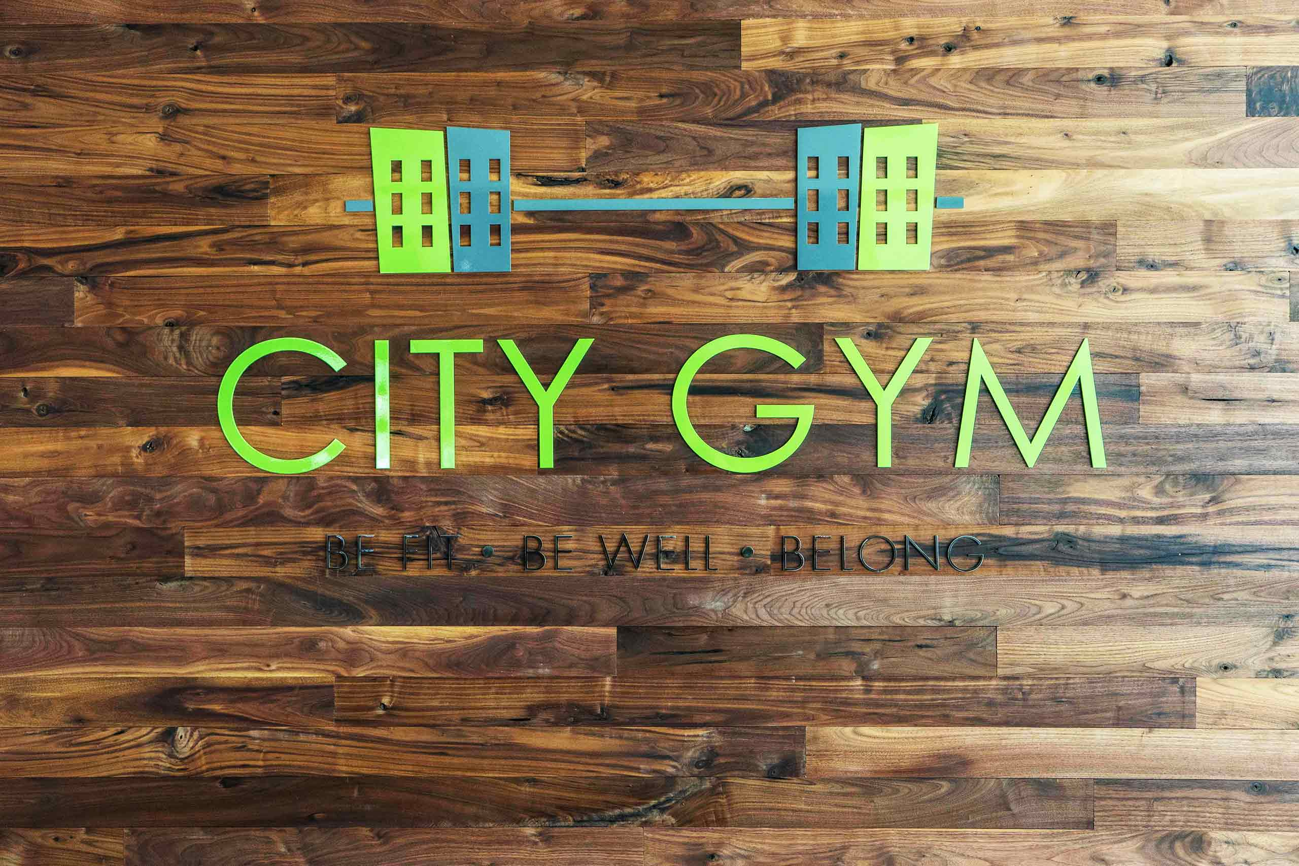 East-9-at-Pickwick-Plaza-City-Gym-Sign