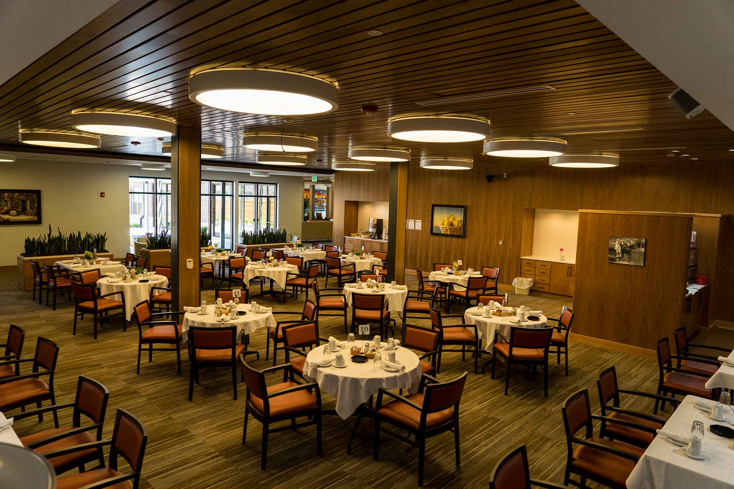 Silvercrest-at-College-View-AL-Dining-Room-Wide