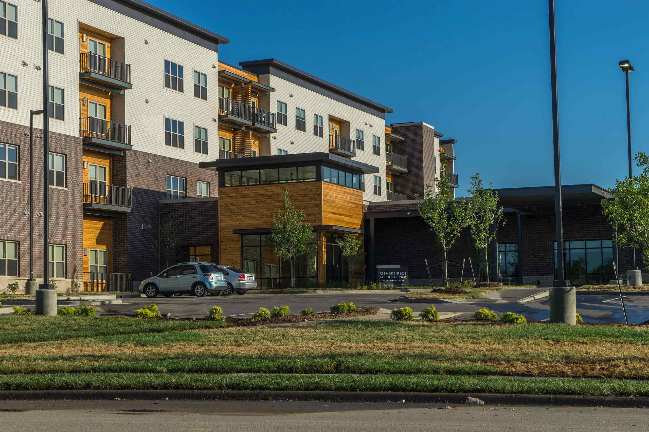 Silvercrest-at-College-View-Exteriors